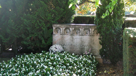 Extrêmement Grave of Coco Chanel in Lausanne by VB.com BM93