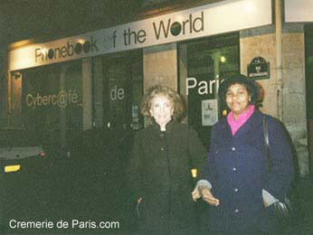 Aimee de Heeren in front of the Cremerie de Paris