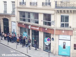 Starbucks Pop Up Cafe Paris
